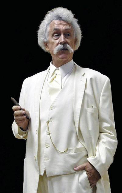 Rod Rawlings portrays Mark Twain